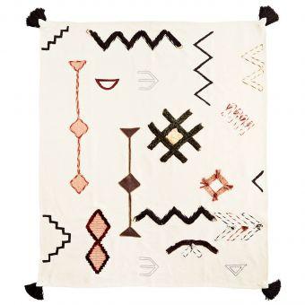 Madam Stoltz Decke Embroidery
